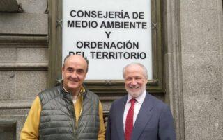 El presdente de Artemisan y el director general de Biodiversidad de la CAM