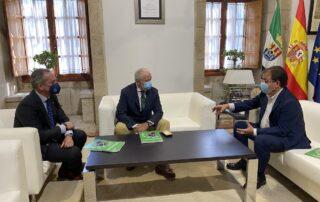 reunión con el presidente de la Junta de Extremadura, Guillermo Fernández Vara